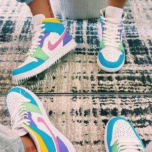 Customs Nike Air Jordan's multicolor